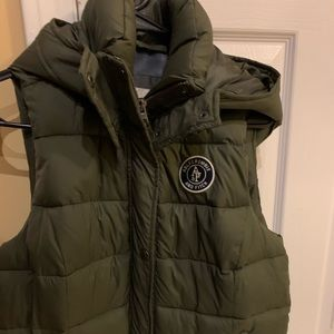 Like new Abercrombie woman's vest